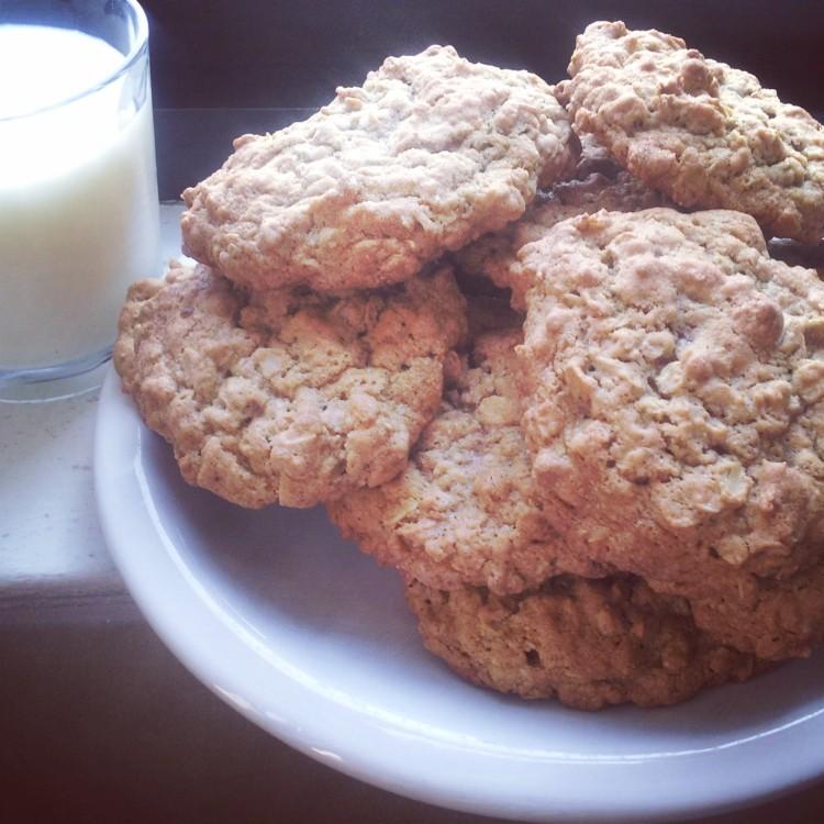Meredith's Classic Oatmeal Cookies