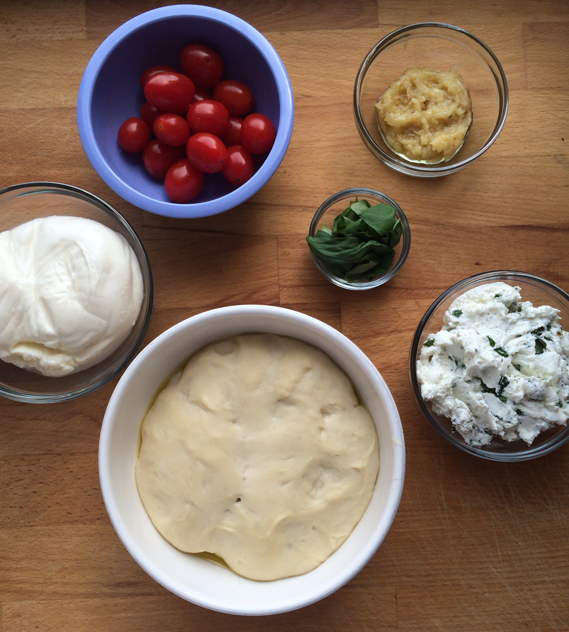 White Pizza with Roasted Garlic, Ricotta, Burrata, and ...