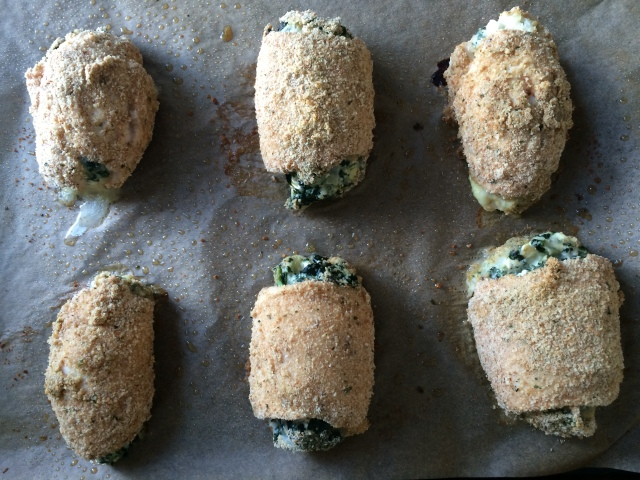 Spinach and Cheesey Chicken Roll-Ups