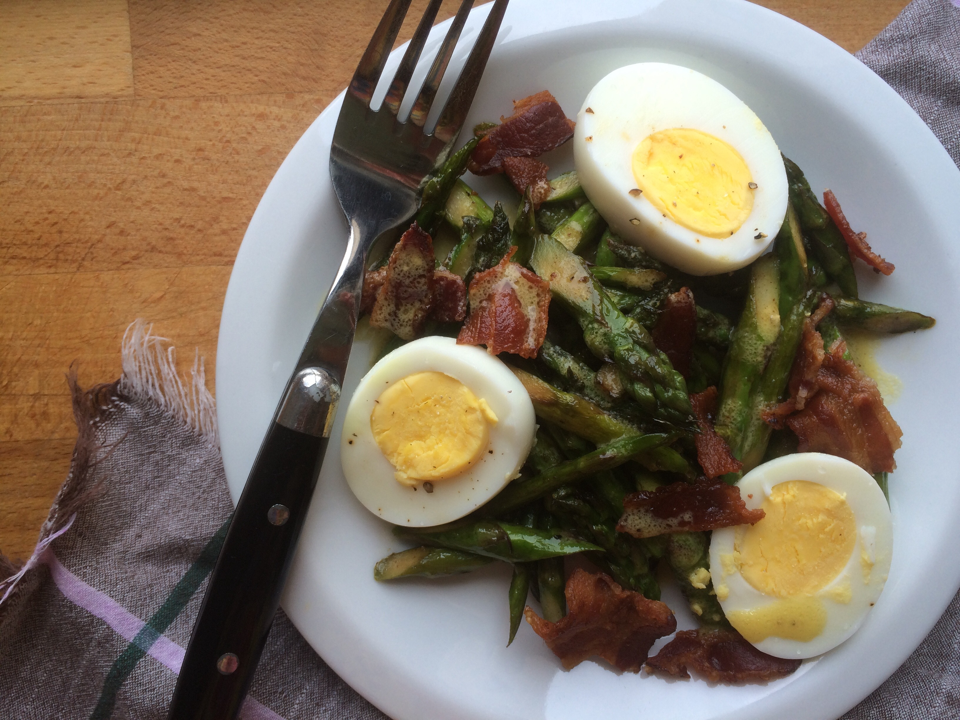 Asparagus, Egg and Bacon Salad with Dijon Vinaigrette3