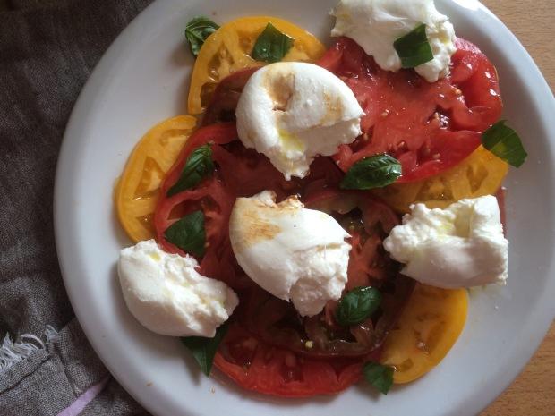 Heirloom Tomato and Burrata Caprese Salad-2