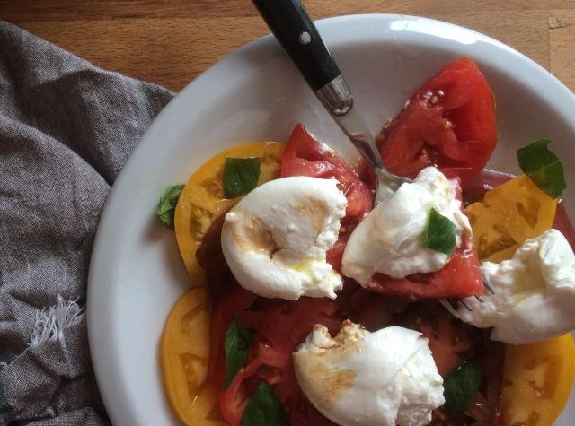 Heirloom Tomato and Burrata Caprese Salad-3