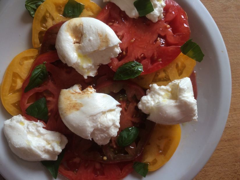 Heirloom Tomato and Burrata Caprese Salad